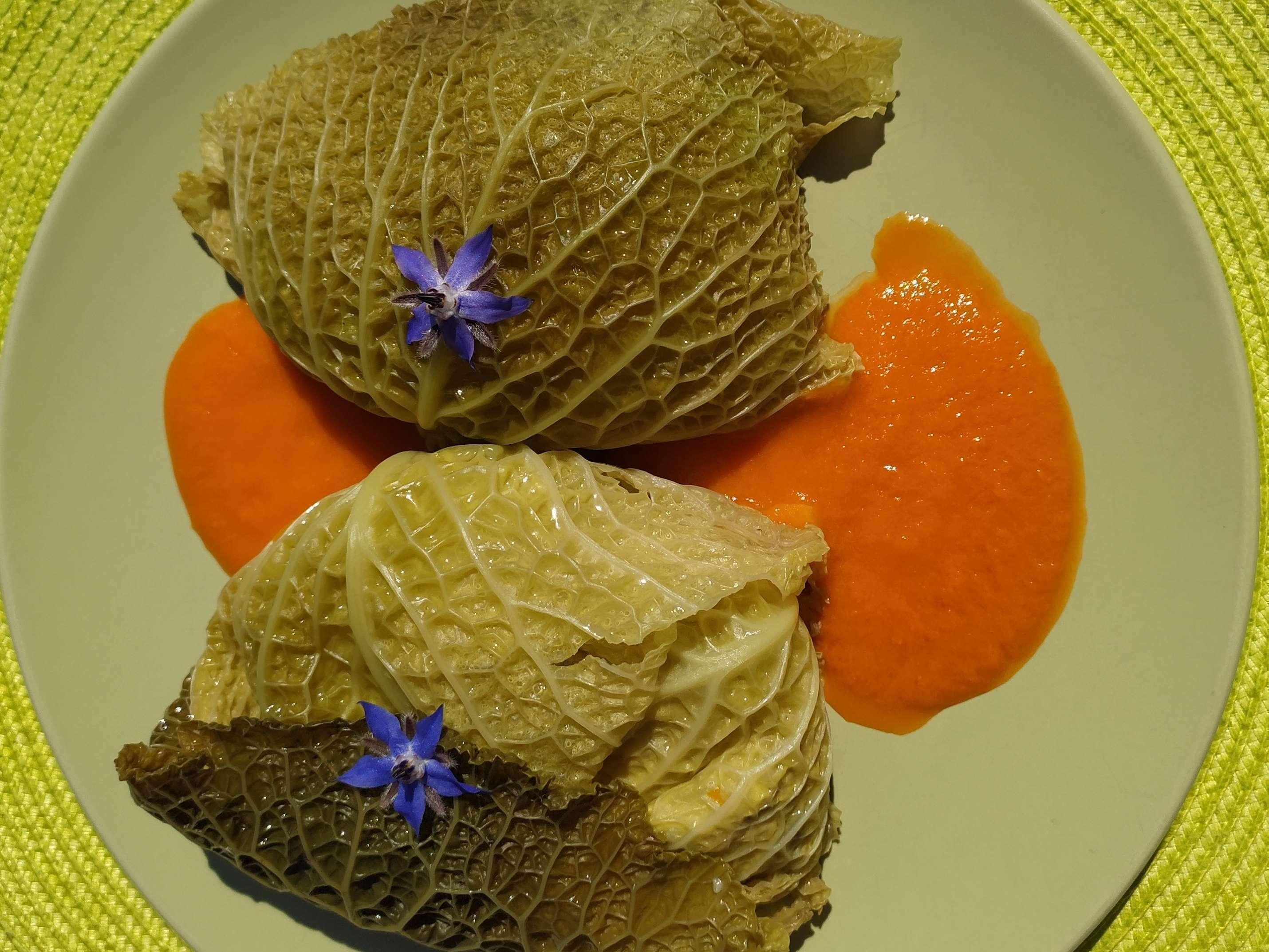 Ballotins de chou farci au quinoa, champignons et légumes