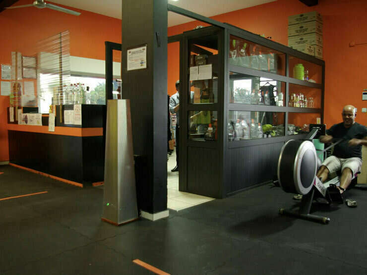 la_salle_indoor-800x555