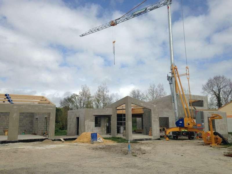 fin_d_elevation_d_une_maison_de_construction20200217-1862582-dr9x2s