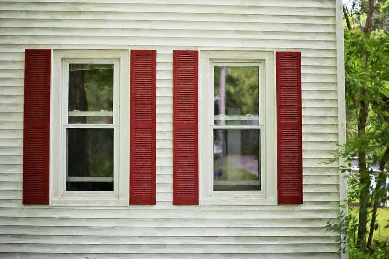 red_shutters_825752_1280a1562