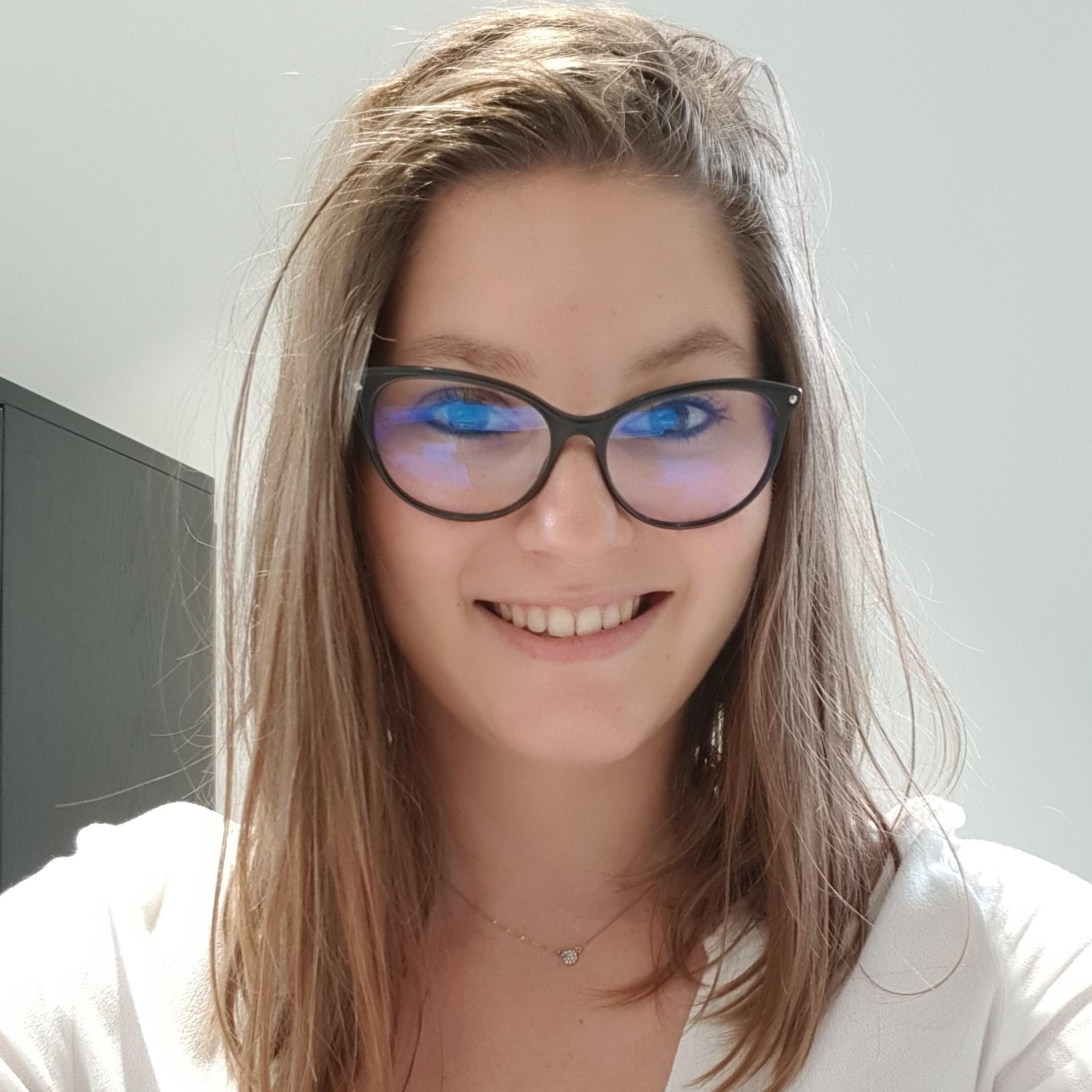 Manon DELONCA Psychologue-Neuropsychologue à  Isle d'Abeau (38030)