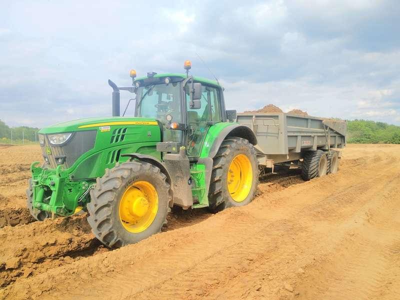 terrassement plus transport de terre pour la  RN2