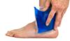 Glacer une entorse avec une poche de glace traitement entorse externe