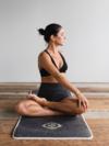Evelyne Wittet pratique le yoga à Vincennes