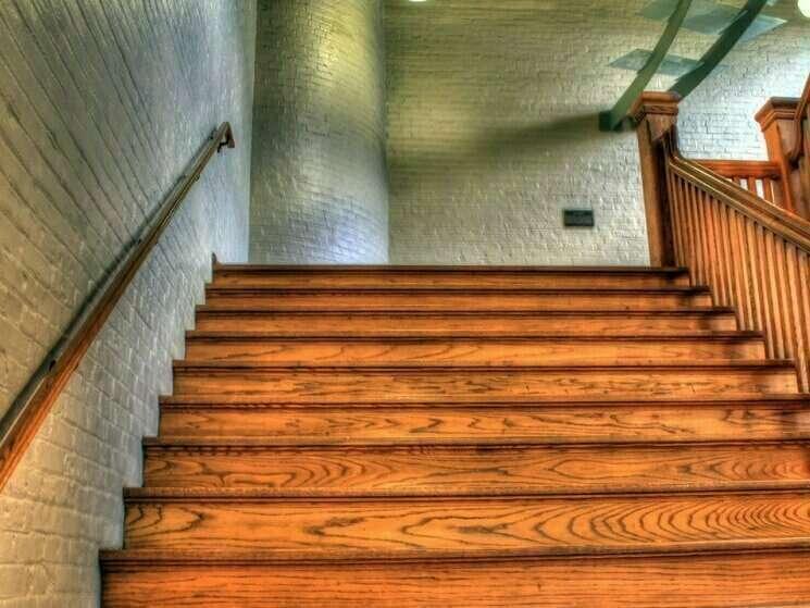 Escalier en bois sur mesure - Paris - Ile de France