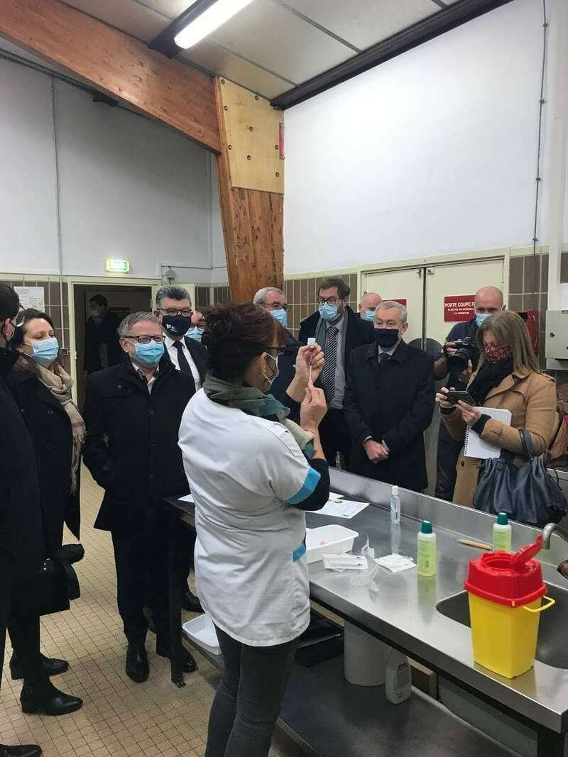 Visite du centre de vaccination anti-Covid à Bourg-sous-la-Roche, un des 9 de Vendée. (Lundi 18 janvier 2021)