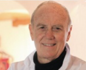 Le Professeur Joyeux de la Faculté de Médecine de l'Université de Montpellier (Pr. honoraire), Chirurgien Cancérologue & Conférencier, s'engage au service de votre santé par ses messages de prévention des cancers: nutrition & comportements de santé.