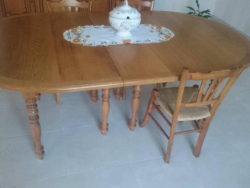 Table fabriqué en chêne, Pouillac (17)