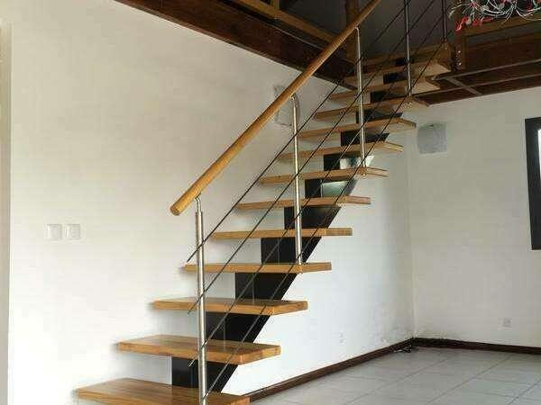 escalier_bois_limon_central