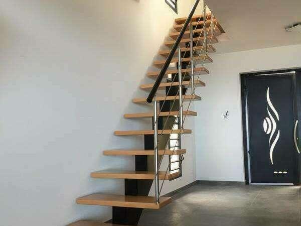 escalier_droit_limon_central