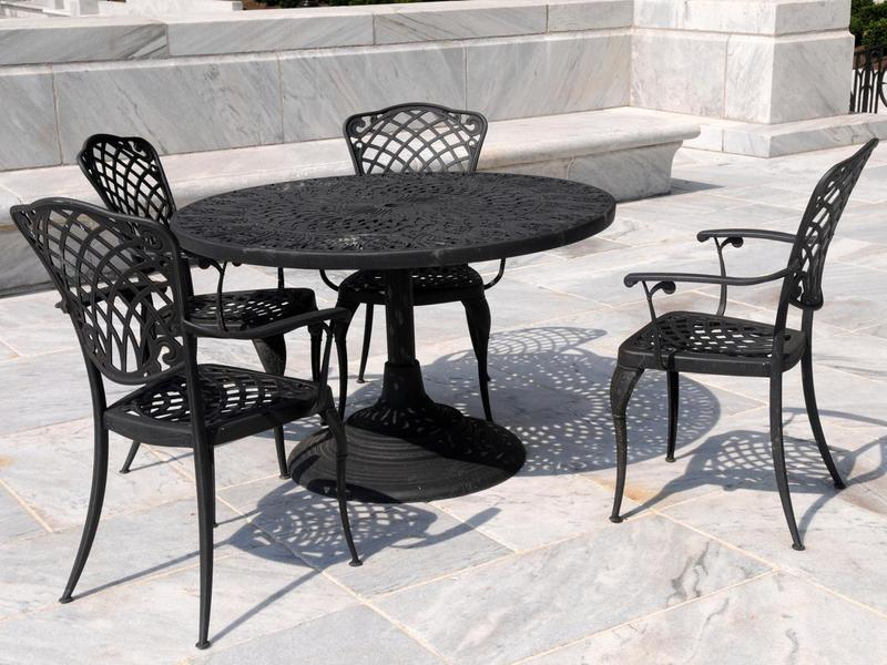 dining-room-beautiful-decorating-ideas-using-round-black-iron-tables-and-rectangular-black-iron-armchairs-wonderful-designs-with-wrought-iron-dining-room-sets.jpeg
