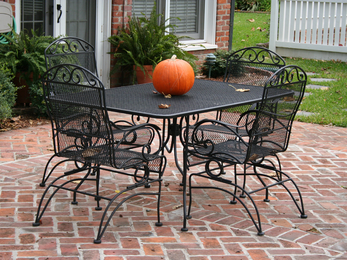 modern-outdoor-wrought-iron-patio-furniture-with-wrought-iron-patio-furniture-set-like-this-29.jpeg