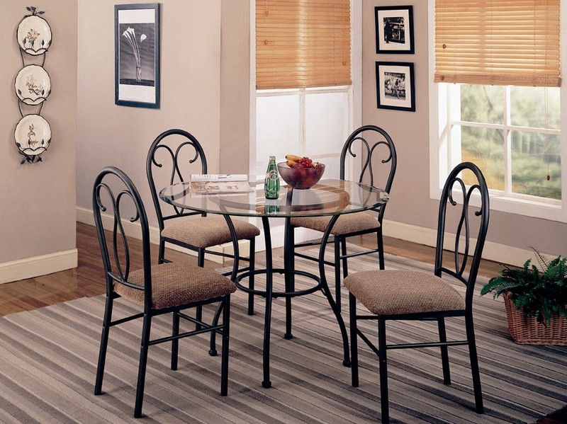 winterport_5_piece_dining_table_set_in_black.jpeg