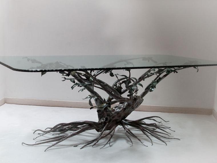 wrought_iron_table_handmade_decoration_920x570.jpeg