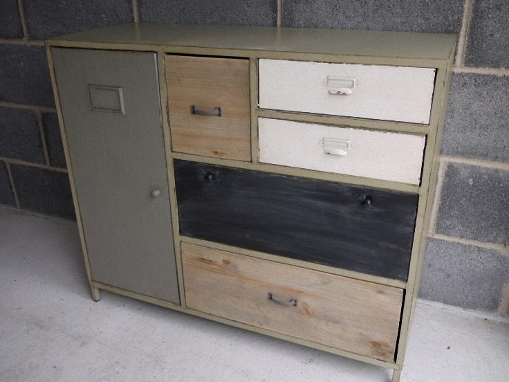 6094-commode-style-industriel-bois-et-metal.jpeg