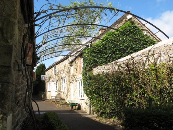 coleford-garden-arches-3.jpeg