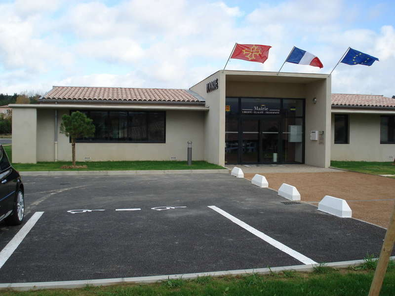 mairie_de_cazilhac__4_