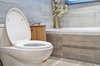 Plombier paris 13 ART est spécialisé dans le débouchage de toilettes et WC à Paris 13