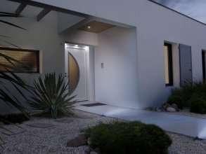 Porte d'entrée PVC avec vitrage Satinovo