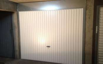 Porte de garage de boxe basculante