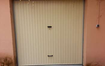 Porte de garage basculante beige ral1015