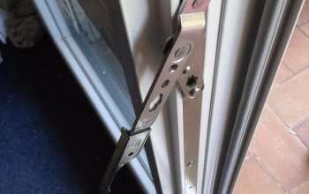 Rénovation de menuiseries PVC Verrous sur semi fixe permettant l'ouverture de l'ensemble des points