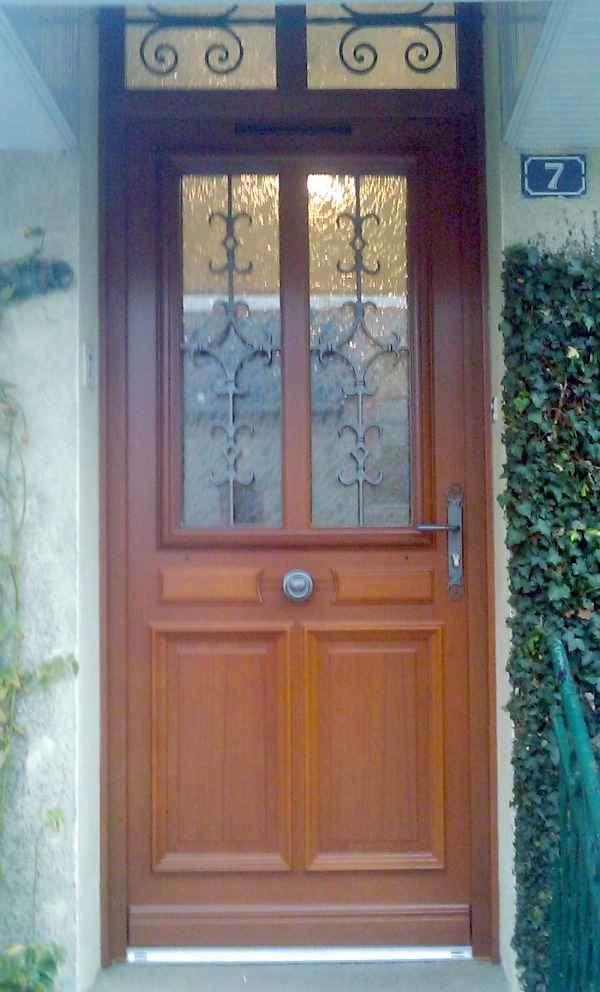 porte-d-entree-bois-lasure20200106-2383943-slmrrb
