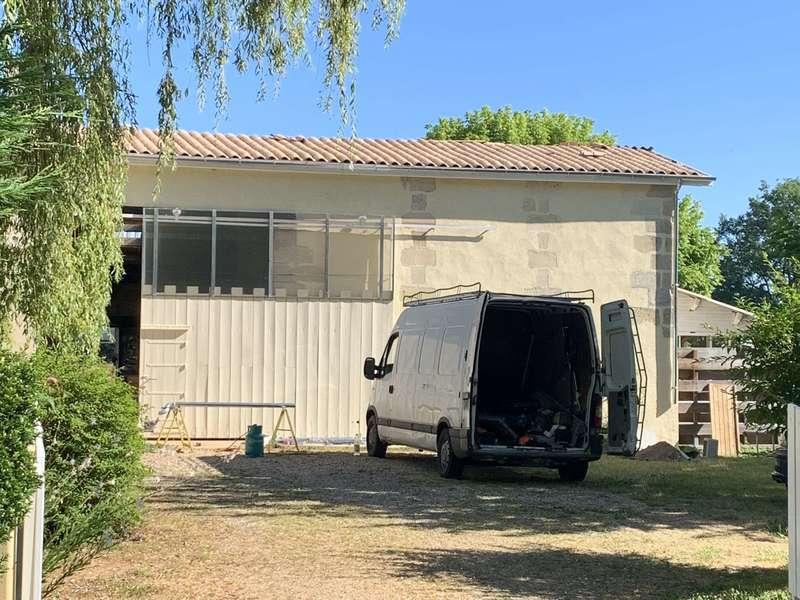 Stahl rénovation couvreur à Virsac