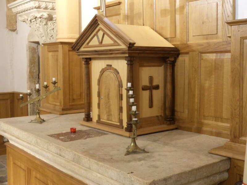realisation_tabernacle_et_lambris_chene_auteul_eglise_de_magny__2_