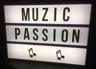 Mail : muzic.passion@yahoo.fr Tel : 06 42 04 54 77