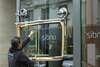 réparation des verres rayés par gommage des rayures