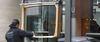 WonderGlass répare les vitrines rayées et taguées