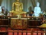kandy-temple-de-la-dent-2-e1542635805460-150x150