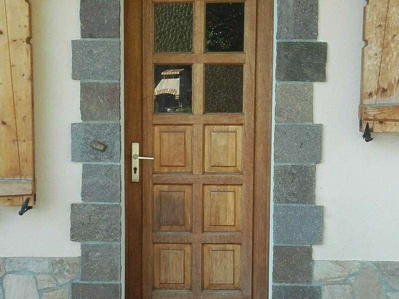 AVANT : Porte d'entrée en bois à La Roche