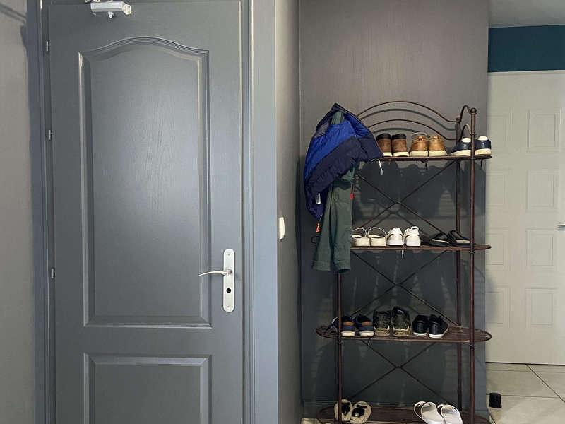 cellier, rangement chaussure, peinture gris anthracite, peinture gris foncé