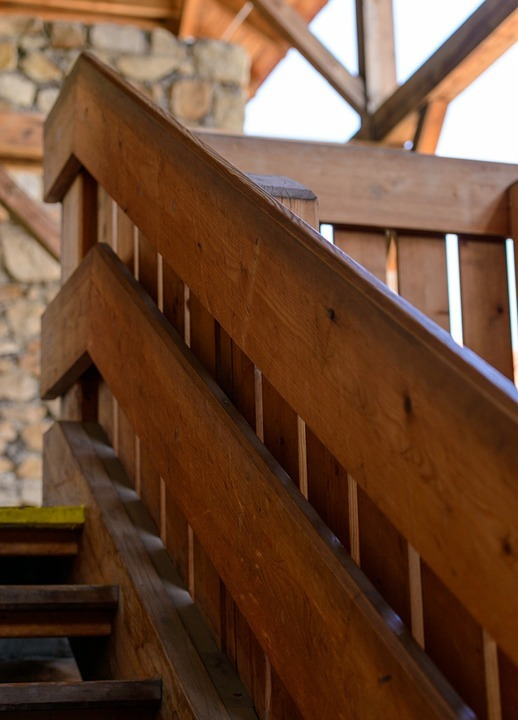 Escalier bois massif