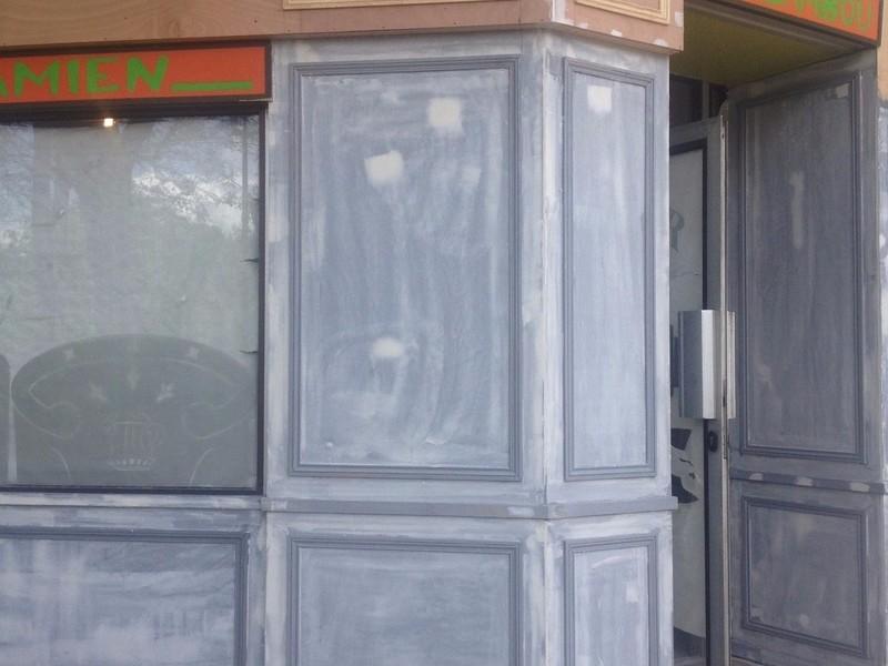 enduit sur façade magasin