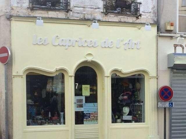 Réparation de façade magasin