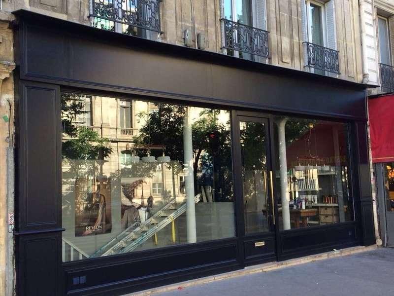 Façade magasin bois moderne