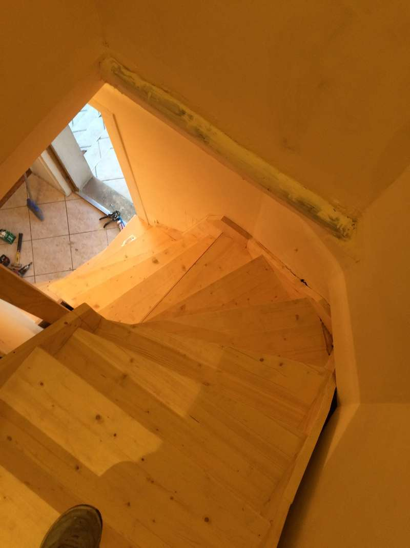 escalier sous sols