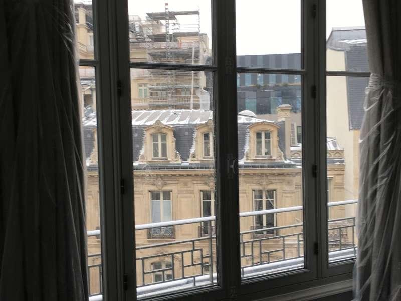 fenêtre ancienne paris