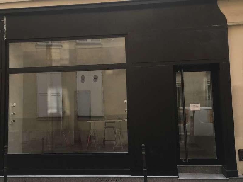 facade commerce bois
