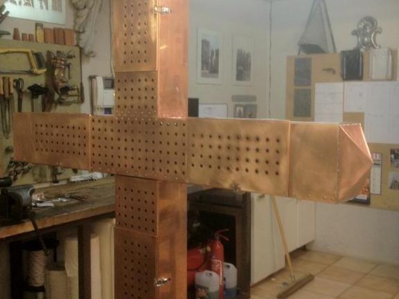Croix chapelle en cuivre