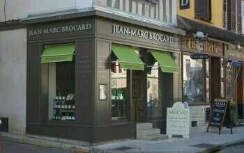 mini_facade_magasin_1385566071a1377