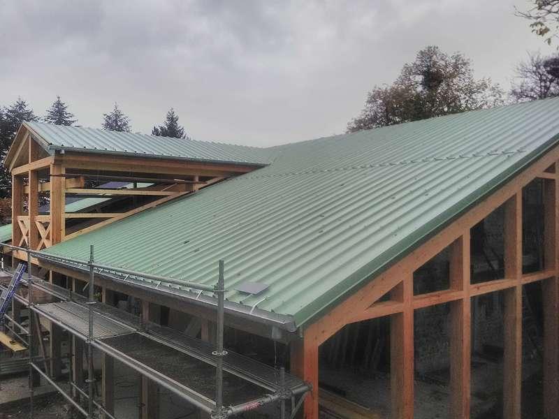 Couverture bac acier coloris vert réséda.