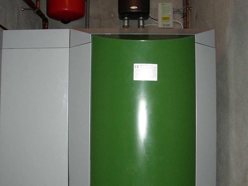 ESPELETTE, décembre 2009. Dans cette grande maison d'hote, nous avons remplacés la chaudière fioul par une chaudière OKOFEN de 32 KW.