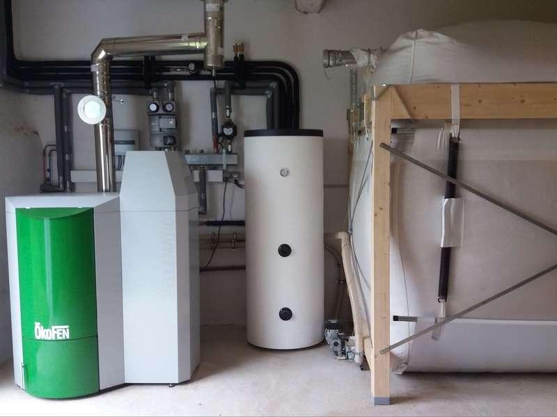 SAUBRIGUES ( 40) Octobre 2018. Installation de chauffage centrale avec une chaudière OKOFEN de 25 KW.