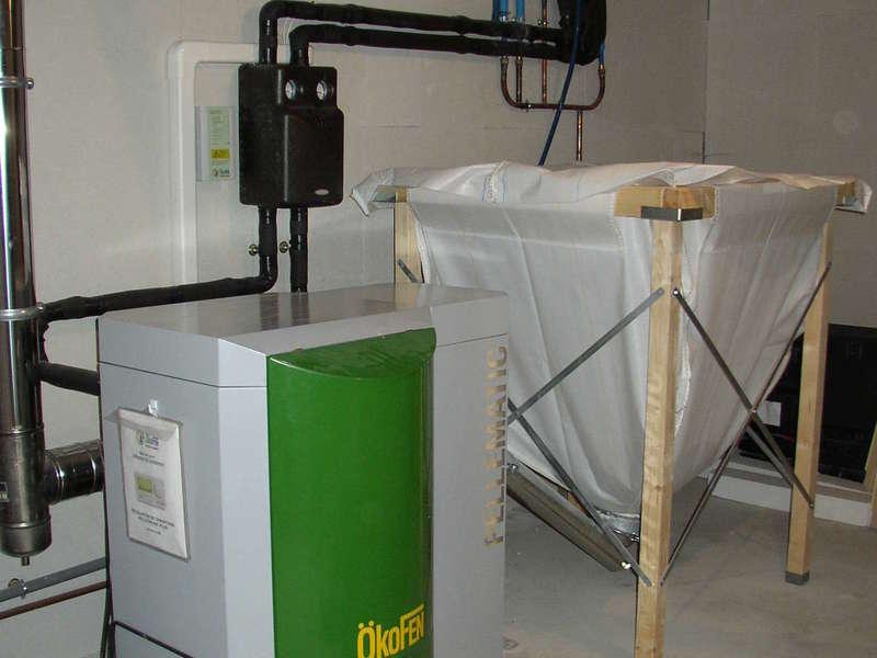 URRUGNE, quartier Olhette. Décembre 2012 dans cette construction neuve installation d'une chaudière OKOFEN de 8KW