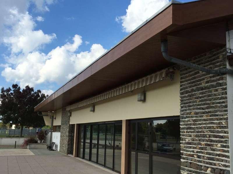 Avant toit PVC marron