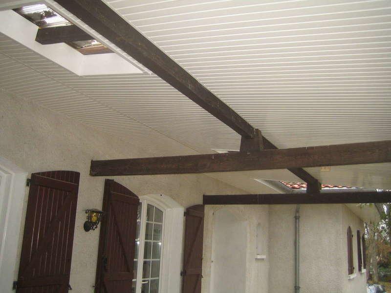 Terrasse lambris PVC blanc